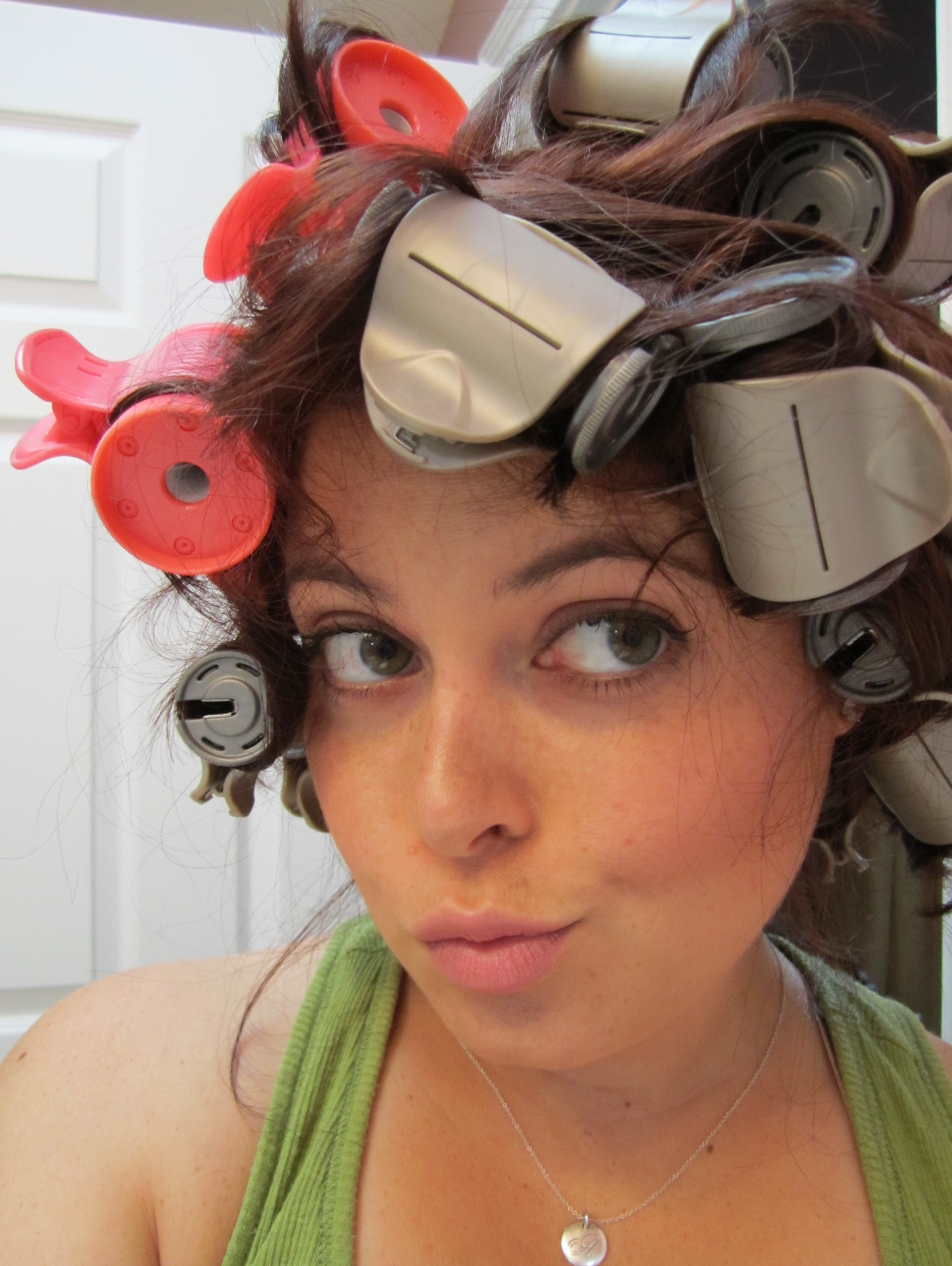 Fashion style Rollers hot Hair pictures for girls